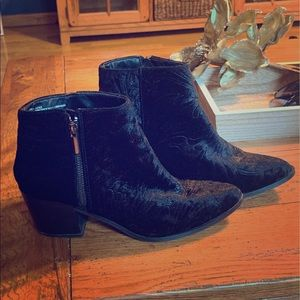 Ankle Boots (8.5w)